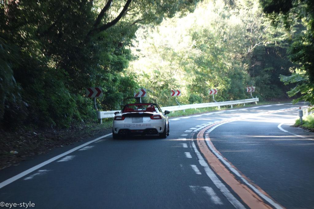 浜名湖おはようツーリング・アバルト124軽快に走る